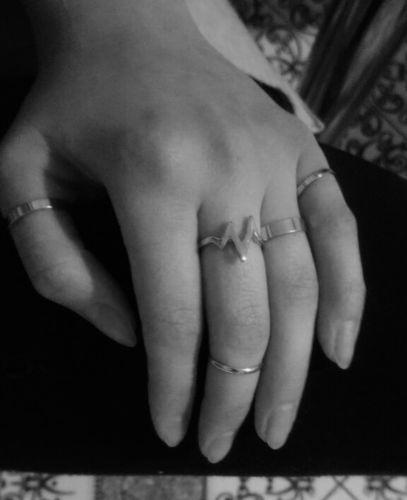 787d7b3b3444 Lovely Gold   Silver Finger Rings 5pcs Set (FREE)