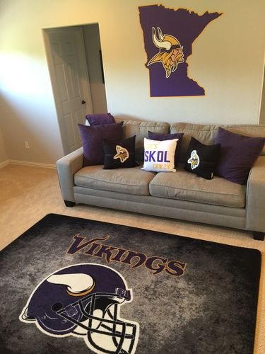 Minnesota Vikings Nfl Team Distressed Rug
