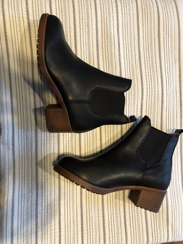 b00062ce8fb7 Julsia - Reviews. Fashion Waterproof Middle Height Heel Boots · Stylish  Leather High Heel Women Boots