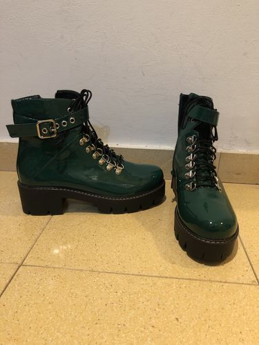 454a3858ce0b Fashion Waterproof Middle Height Heel Boots - Reviews. By Julsia · View  price. efe y.