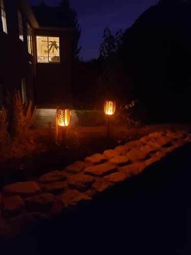 Rhoda S. review of Outdoor Solar Flame Light Torch