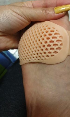 Roseline E. review of Soft Honeycomb Forefoot Pain Relief