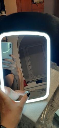 D***m review of Espelho para maquiagem com Iluminação
