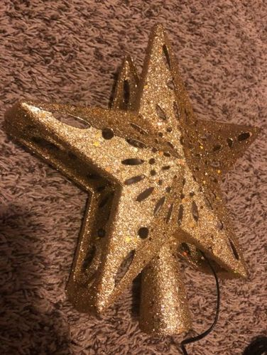Cheryl Z. review of 💝40% OFF💝2019 Projection Star Christmas Tree Topper