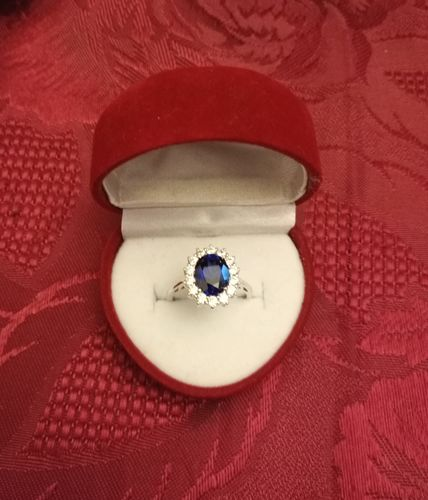 Anna F. review of Blue Sapphire Flower Ring - 925 Sterling Silver