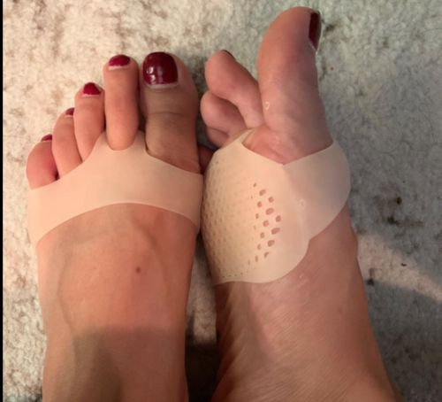 Kim review of Comfy Silicone Foot Pads (50% off)
