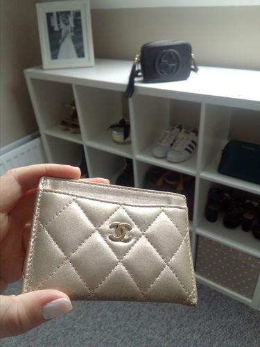 Chanel Gold Metallic Lambskin Quilted Card Holder · Louis Vuitton ... 9dd90488e3aeb