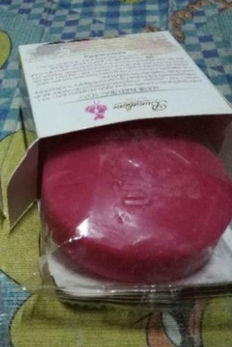 Camilla O. review of Instant Miracle Whitening Soap