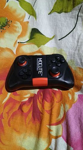 Murilo H. review of Gamepad Mocute 050 - 35% OFF + FRETE GRÁTIS