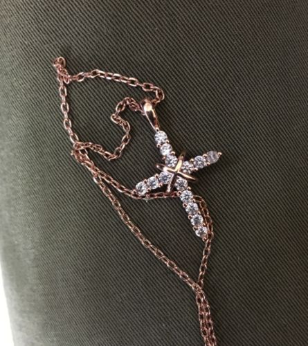 Glenda P. review of Rose Gold Cross Necklace