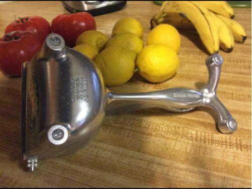 Jimi review of Manual Lemon Juicer