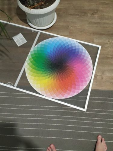 Noah B. review of Moruska Large 1000-Piece Rainbow Round Puzzle for Kids & Adults