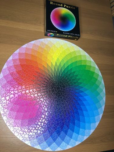 Janelle A. review of Moruska Large 1000-Piece Rainbow Round Puzzle for Kids & Adults
