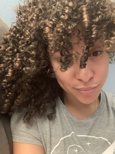 Aja C. review of Curly Proverbz + Belle Bar Organic Ayurvedic Hair Growth E-Course - Henna