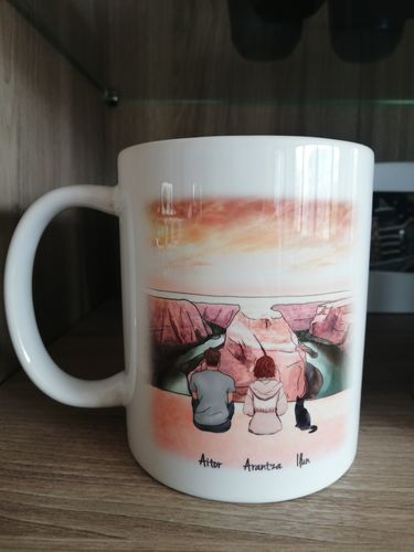 Aránzazu C. review of Customize Hand Drawn Cat & Owner Mug Holiday of Gift -Grand Canyon