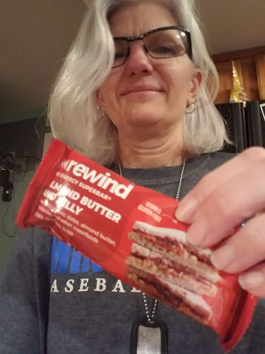 Donna I. review of Almond Butter & Jelly (Box of 12 Superbars)