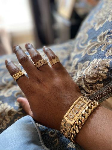 White Gold Finish 182 Carat Jumbo Stone Iced Out Bracelet