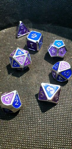 Miss E. review of Dragon Scale [D&D Metal Dice]