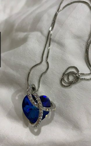 Elen C. review of Blue Infinity Love Necklace