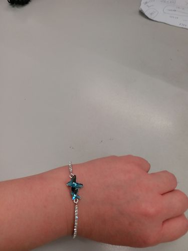 Koey  Y. review of Butterfly Crystal Bracelet