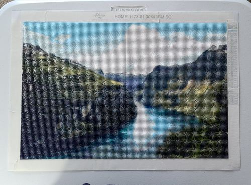 Jessica P. review of Fjord Scenery - Diamond Painting Kit