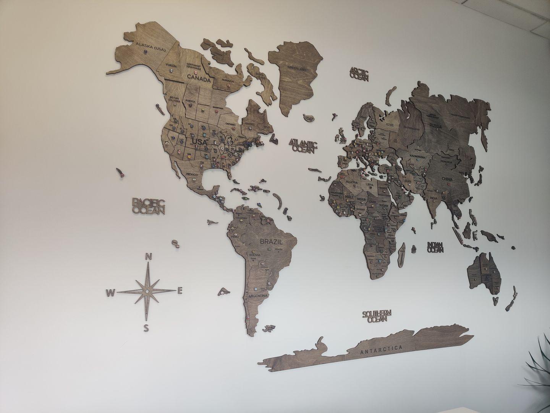 Kieran M. review of 3D Wood World Map Multicolor